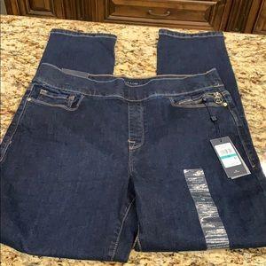 NWT Tommy Hilfiger Gamercy Skinny Jeans